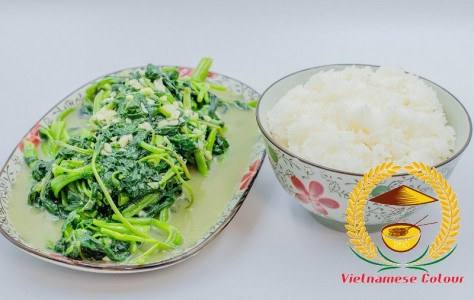 22. Sauteed water spinach